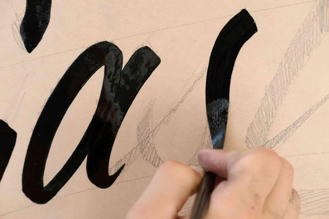 Learning sign painting - Lettering Daily