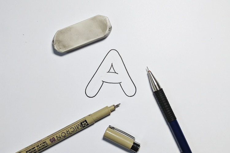How to draw bubble letters - step by step tutorial - Lettering Daily