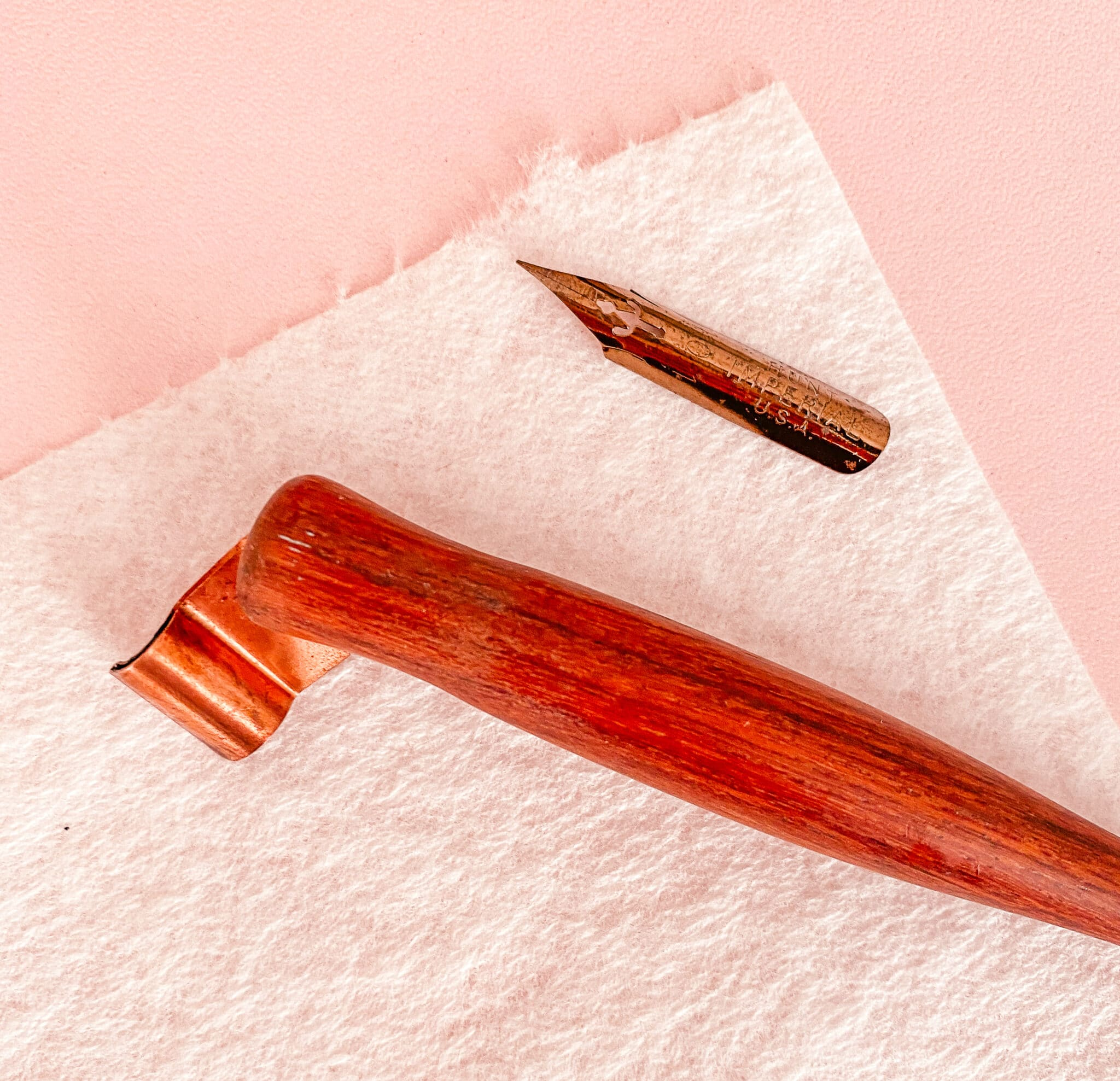 How to prepare your calligrapby nibs - Lettering Daily (3 of 9)